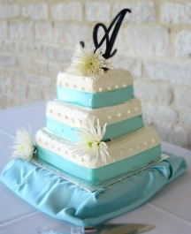 luscious wedding cake